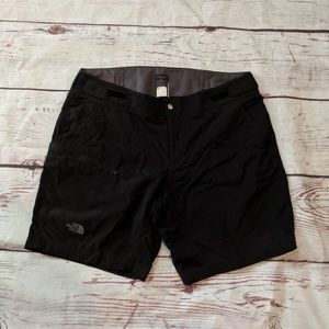 The North Face Hiking Shorts Size Large